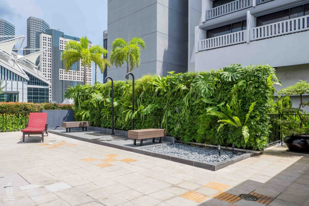 green wall hotel singapore marina mandarin